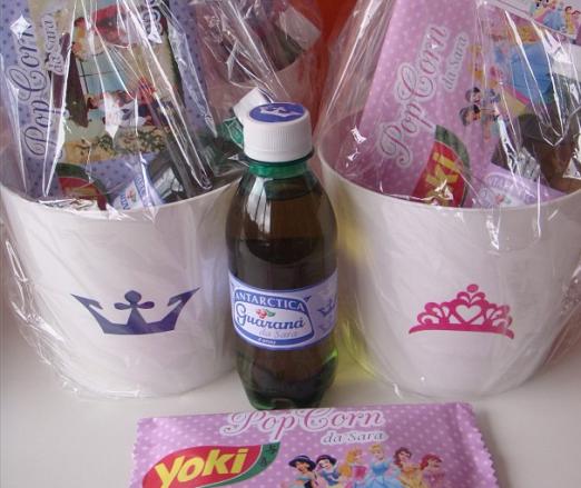 Preparativos da festa infantil