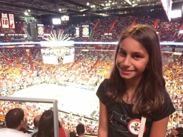 Georgia aproveitando o jogo do Miami Heat no estádio American Airlines Arena!